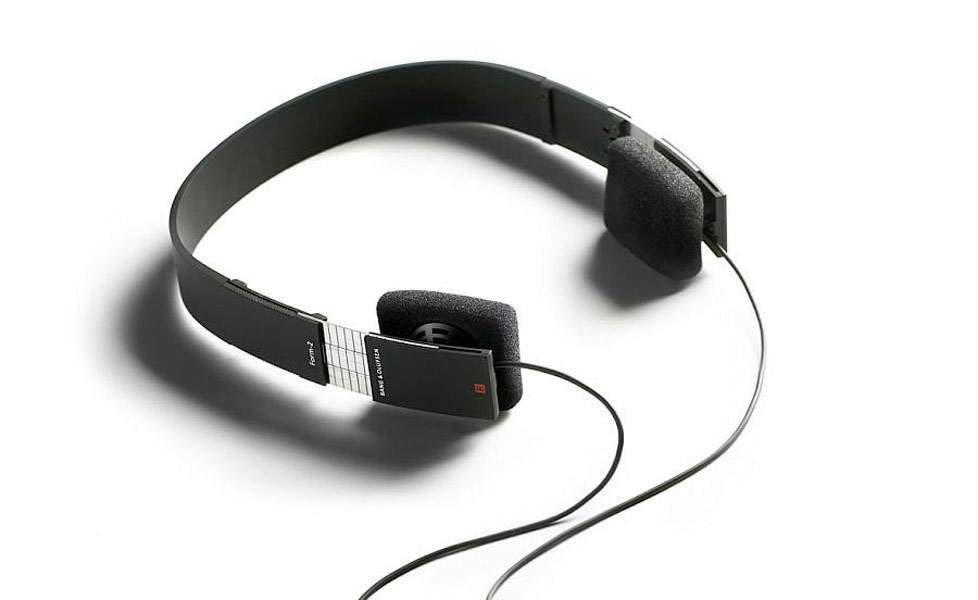 bang-and-olufsen-form-2